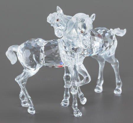63030: A SWAROVSKI CRYSTAL DOUBLE HORSE FIGURINE IN ORI