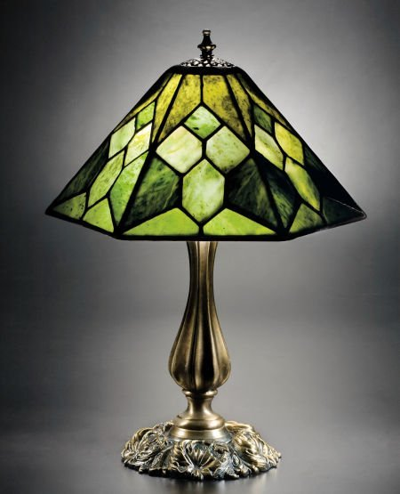 63471: A LEADED JADE LAMP ON PATINATED BRONZE BASE, BY