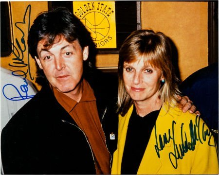 89270: Beatles - Paul and Linda McCartney Signed Color