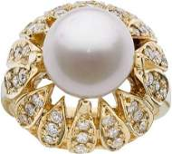66250: SOUTH SEA CULTURED PEARL, DIAMOND, GOLD RING