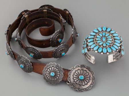 71011: TWO SOUTHWEST SILVER AND TURQUOISE JEWELRY ITEMS