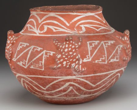 71047: A ZUNI WHITE-ON-RED FROG EFFIGY JAR c. 1890