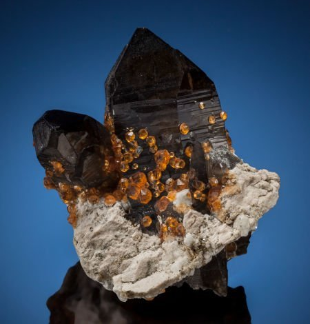 73013: SPESSARTINE on SMOKY QUARTZ Wushan Spessartine M