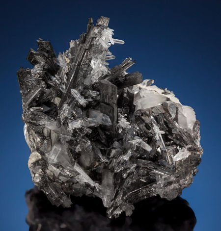 73024: WOLFRAMITE & QUARTZ Yaogangxian Mine, Yizhang Co