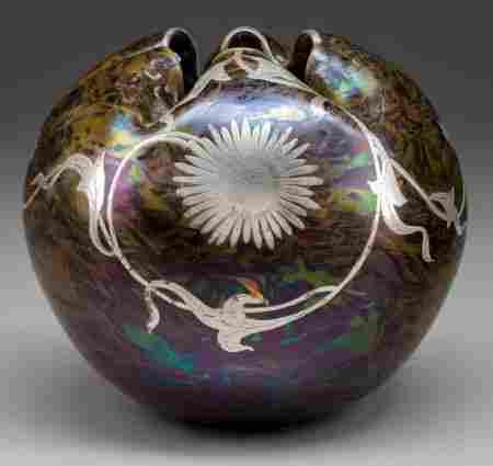 LOETZ IRIDESCENT GLASS GLOBULAR VASE WITH SILVER
