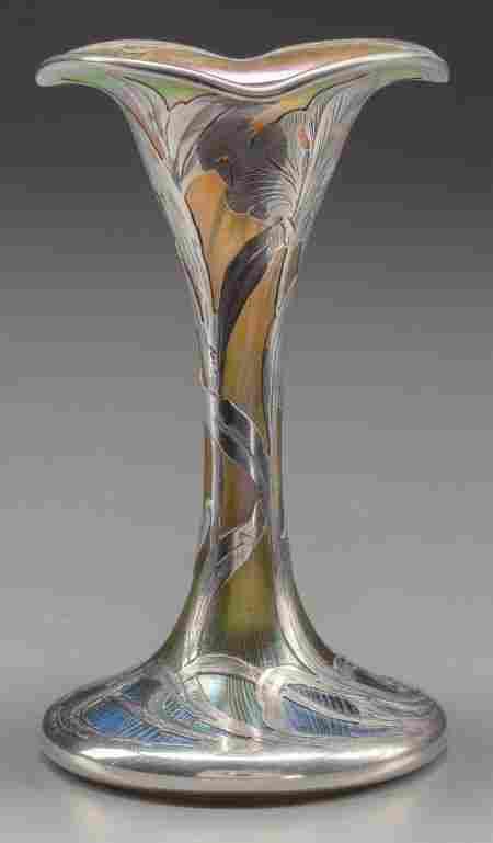 QUEZAL GLASS FLORIFORM VASE WITH ALVIN SILVER OV