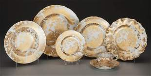 63019: A Ninety-Eight Piece Royal Crown Derby Gold Aves