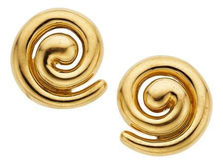 54002: Gold Earrings, Turi  The 18k gold earrings weigh