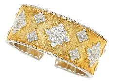 54055 Diamond Gold Bracelet Buccellati  The hinged c