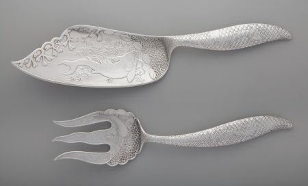 74023: A Wood and Hughes Silver Fish Serving Set, New Y
