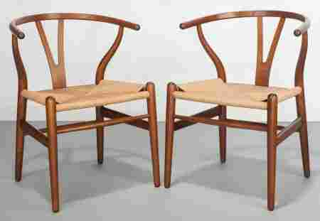 61018: Hans Wegner (Danish, 1914-2007) Pair of Wishbone