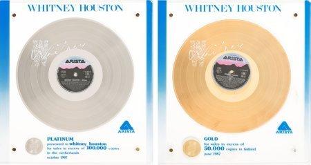 89022: Whitney Houston Separate NVPI (Dutch) Gold and P