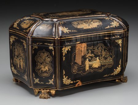 61423: A Chinese Export Lacquered Tea Caddy, 19th centu - 2