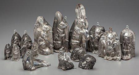 61865: Fifteen French Metal Chocolate Molds: Rabbit, Go