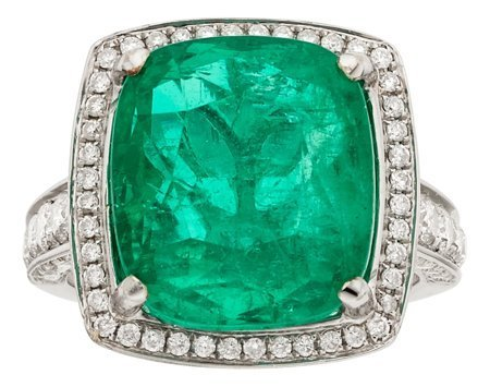 55117: Colombian Emerald, Diamond, White Gold Ring  The