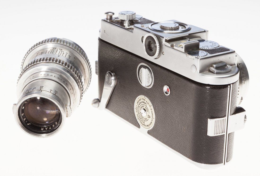 73031: Kodak Ektra Rangefinder Camera Outfit American,  - 2