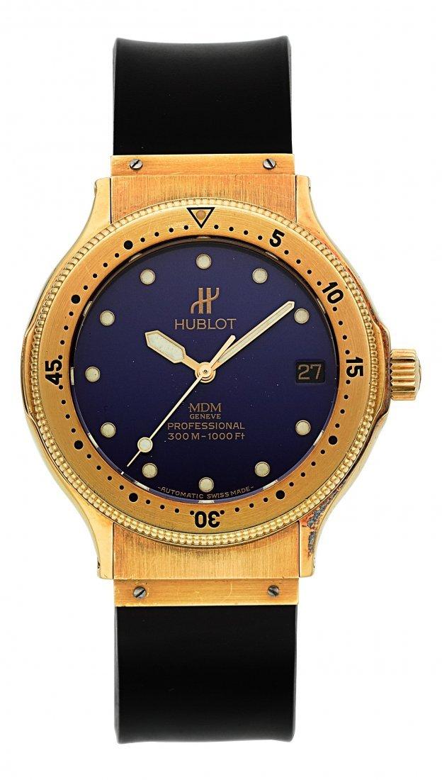 54138: Hublot MDM 18K Gold Automatic Professional Divin