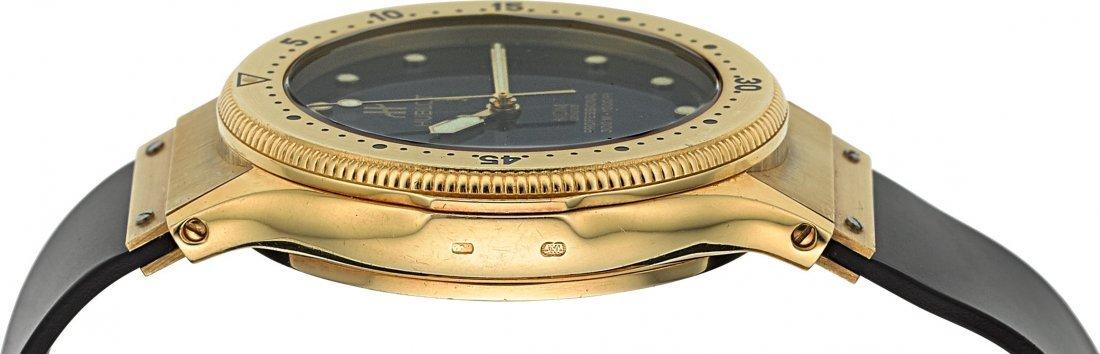 54138: Hublot MDM 18K Gold Automatic Professional Divin - 3