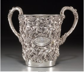 61202: A Portuguese Silver Two-Handled Judaica Wash Cup