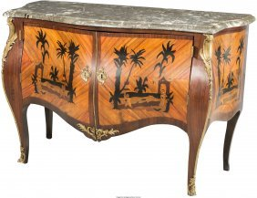 61129: A Louis XV-Style Bombe-Form Commode with Chinois