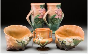 61785: A Group of Five Roseville Pottery Items, Rosevil