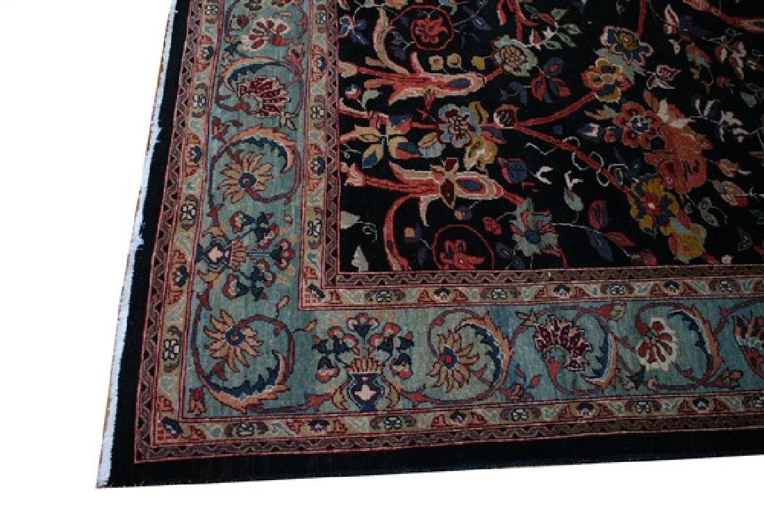 Hand-Woven Turkish Rug (20th Cent.) - 2