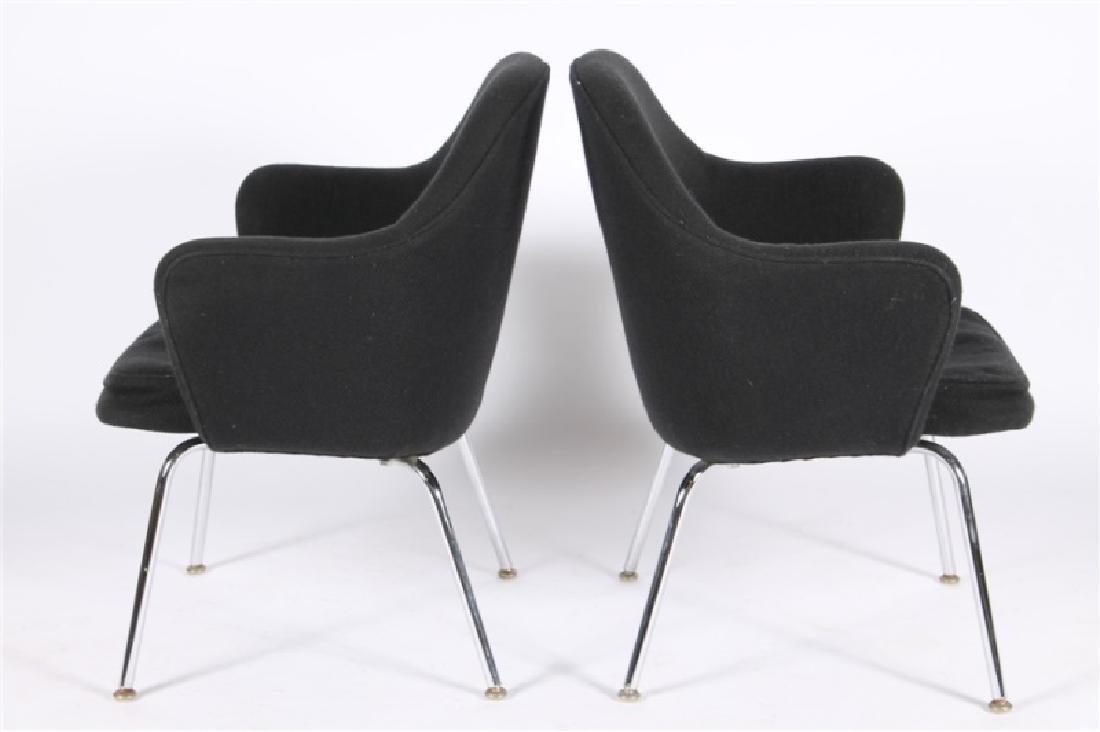 Eero Saarinen for Knoll, Pair of Arm Chairs - 2