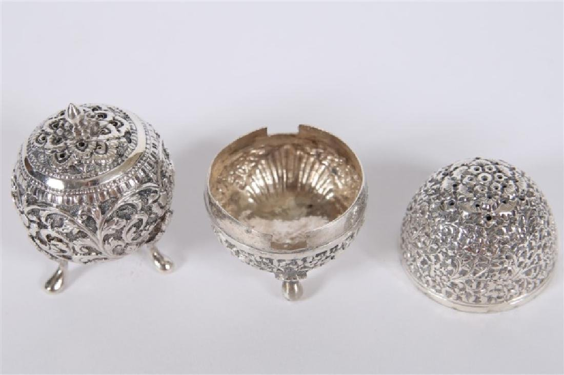 Sterling Silver Footed Salt & Pepper Shaker Set - 3