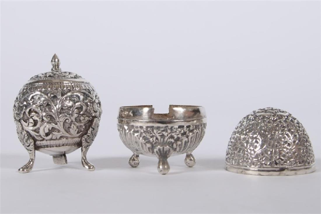 Sterling Silver Footed Salt & Pepper Shaker Set - 4