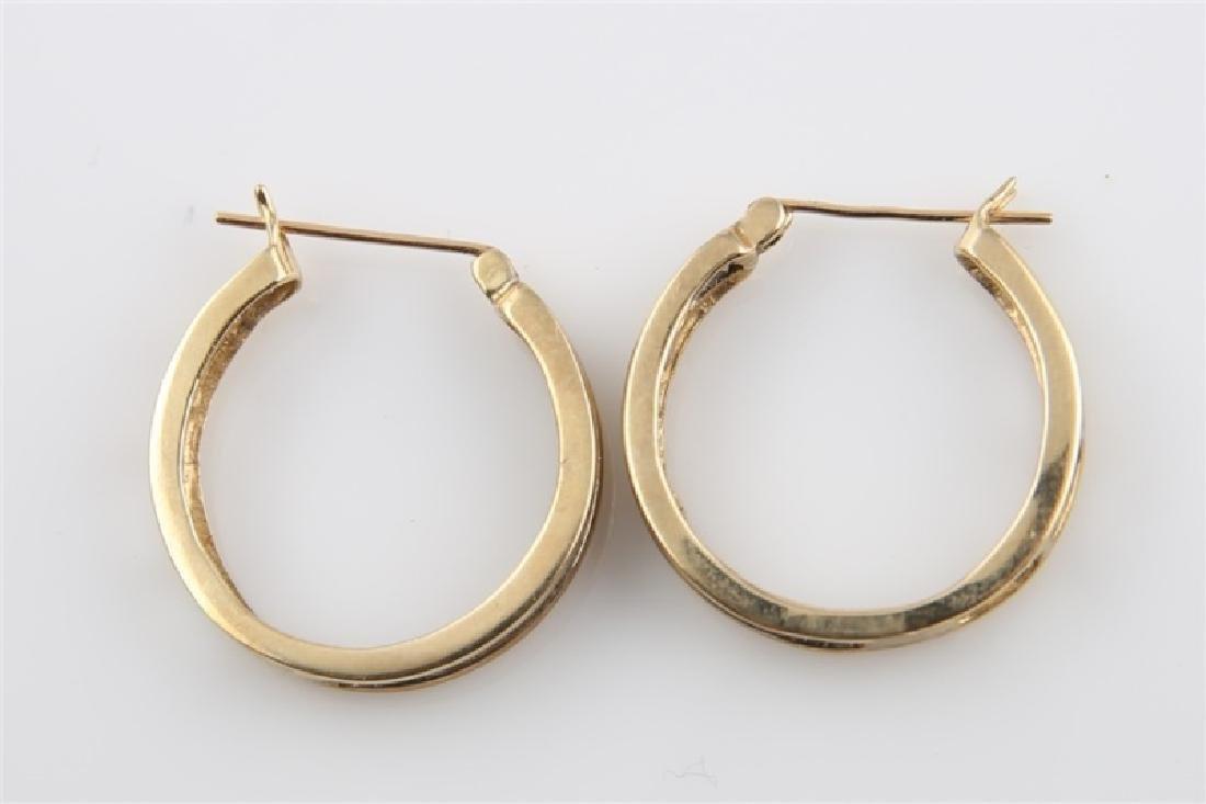 Pair of 10kt Yellow Gold Huggie Earrings - 4