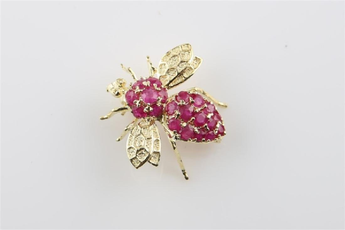 14kt Yellow Gold and Ruby Bee Pin - 2