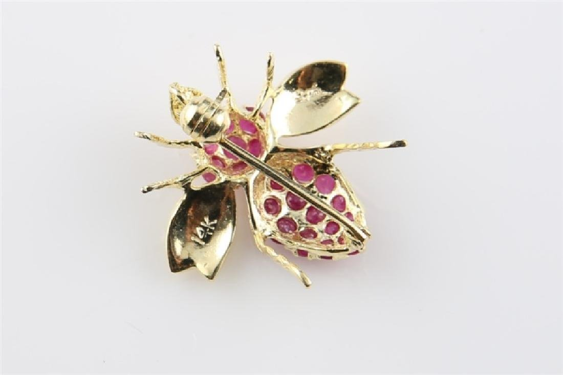 14kt Yellow Gold and Ruby Bee Pin - 4