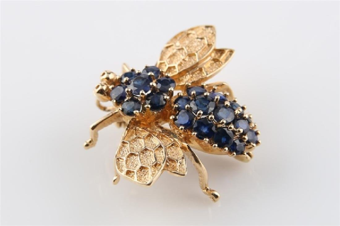 14kt Yellow Gold and Sapphire Bee Pin