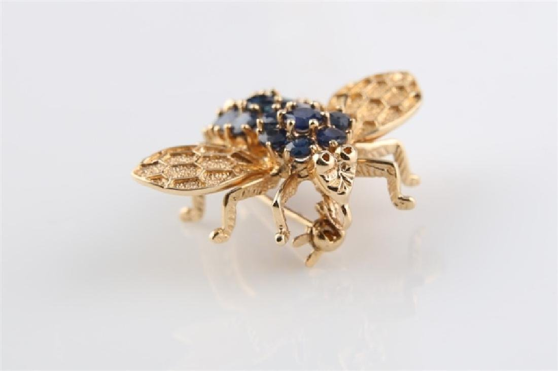 14kt Yellow Gold and Sapphire Bee Pin - 4