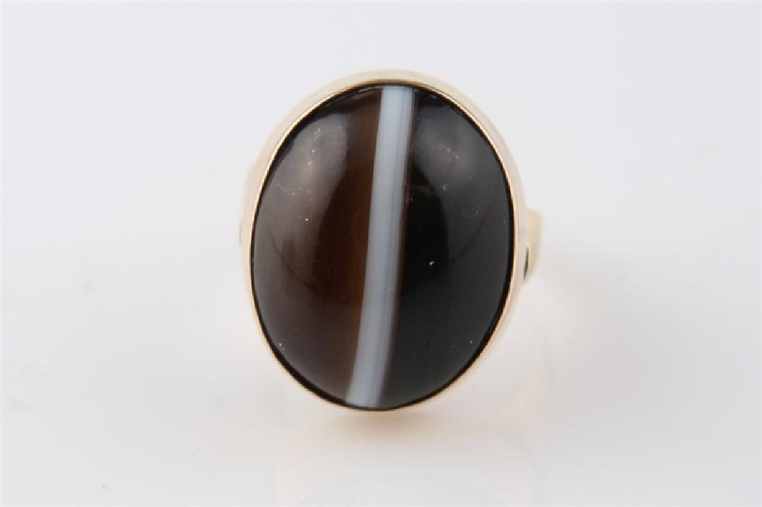 14kt Yellow Gold Striped Agate Ring - 6