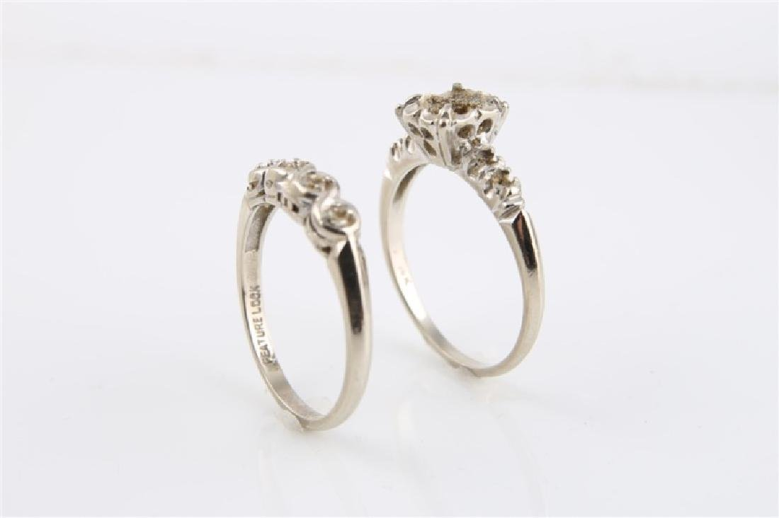 Pair of 14kt White Gold Empty Setting Rings