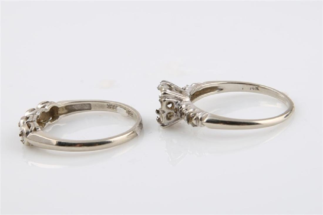 Pair of 14kt White Gold Empty Setting Rings - 4