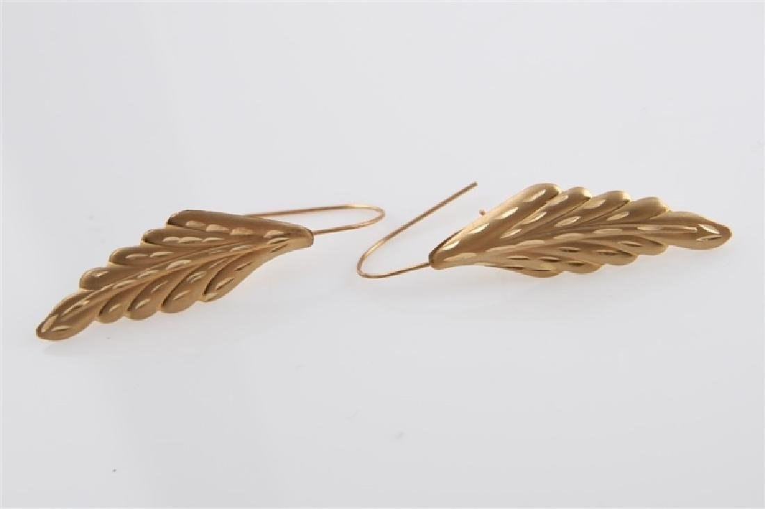 Pair of 14kt Yellow Gold Leaf Earrings - 2
