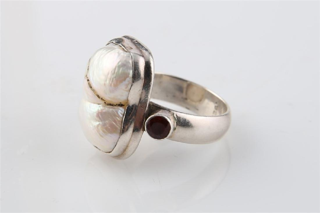 Sterling Silver and Pearl Ring - 3