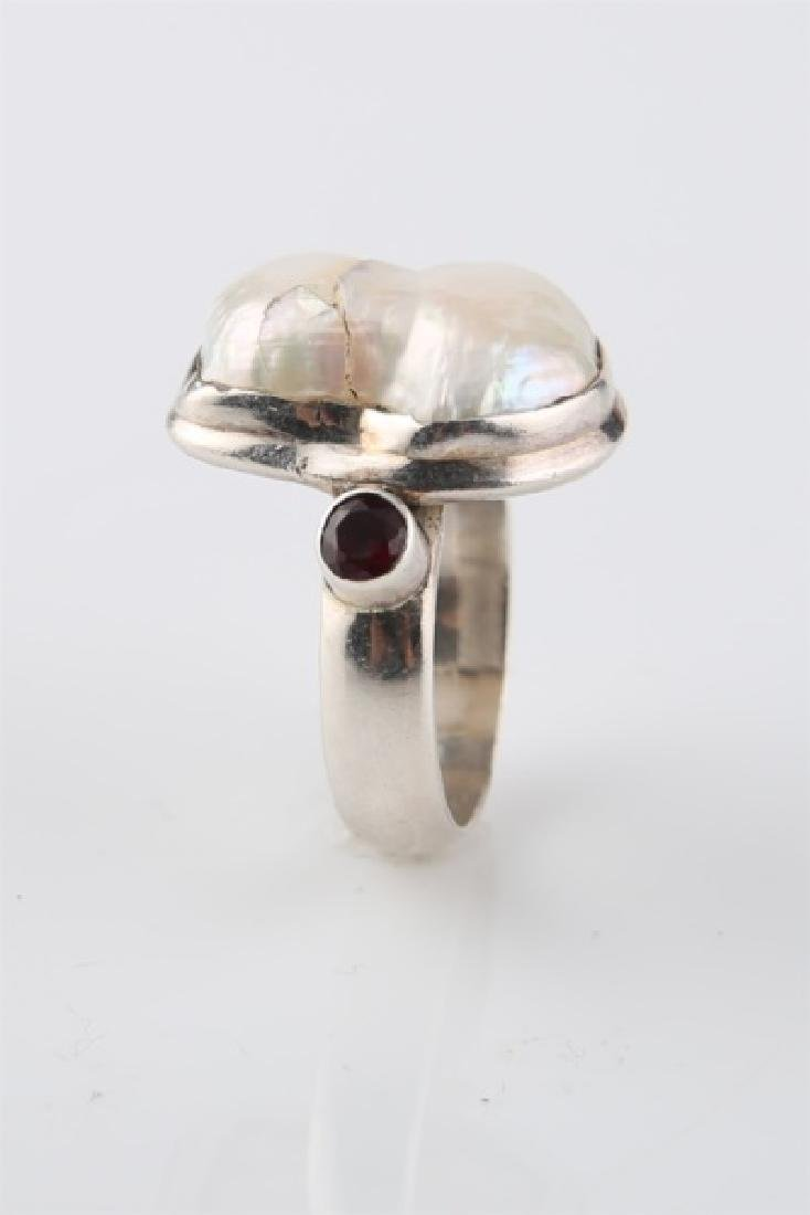 Sterling Silver and Pearl Ring - 5