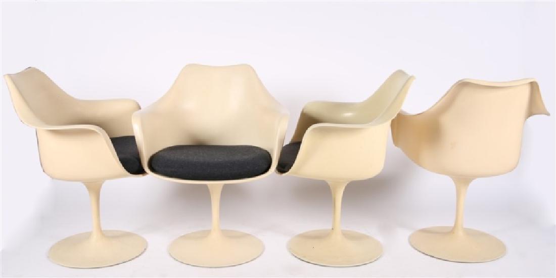 Set of Four Eero Saarinen for Knoll Tulip Chairs - 4