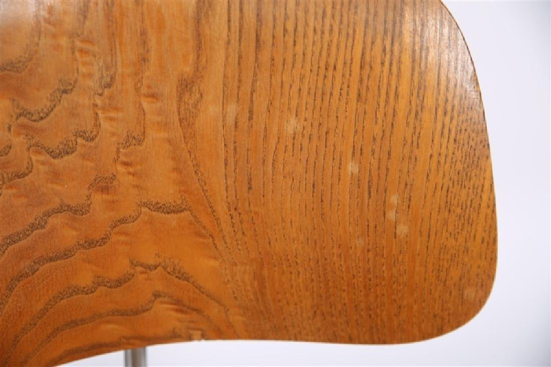 Eames for Herman Miller, Lot of Four DCM Chairs - 3