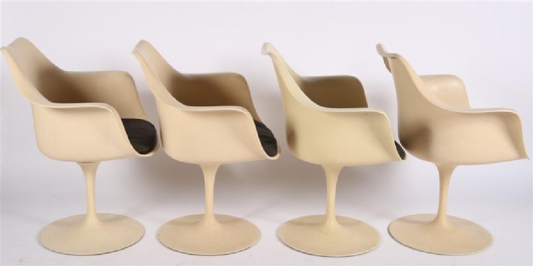 Lot of Four Eero Saarinen for Knoll Tulip Chairs - 4