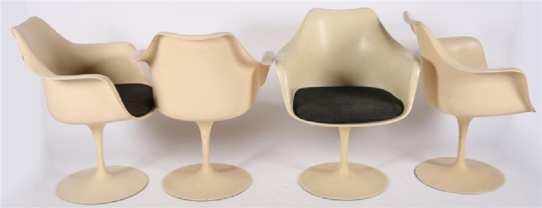 Lot of Four Eero Saarinen for Knoll Tulip Chairs - 6