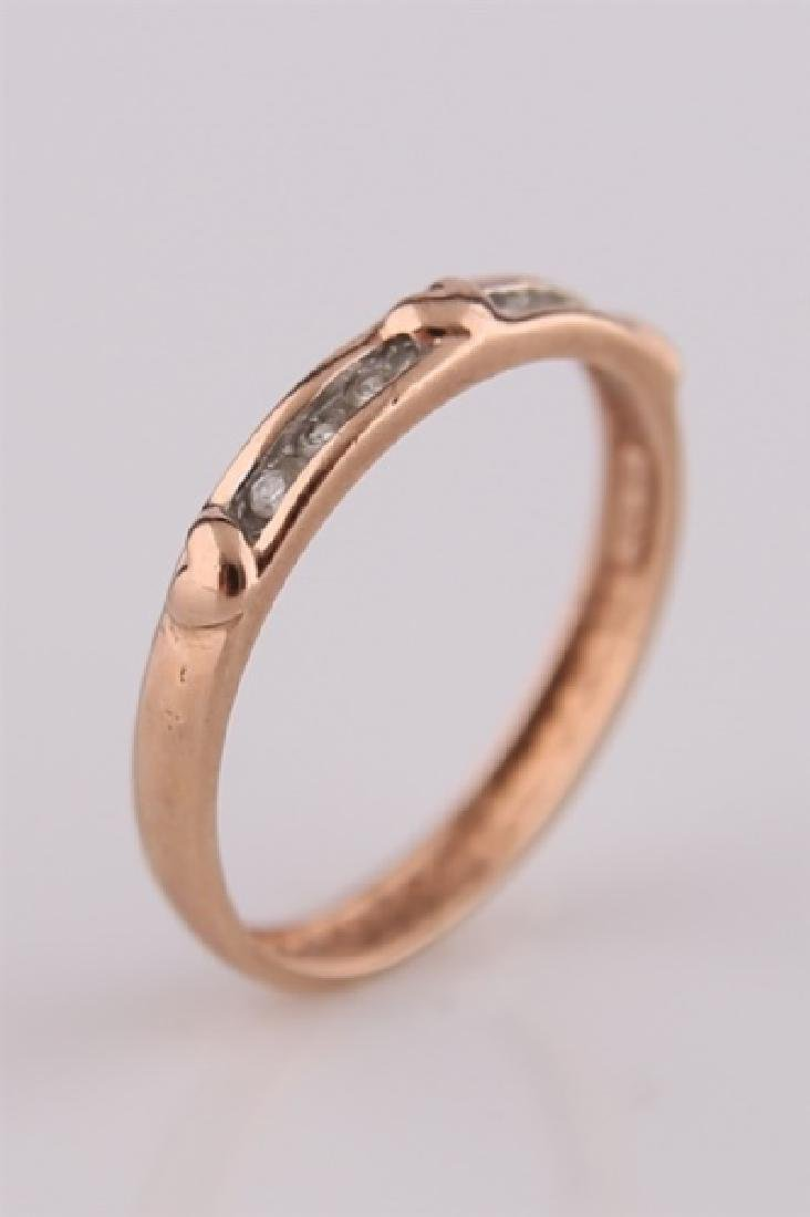 10kt Rose Gold Heart Ring with Diamonds - 3