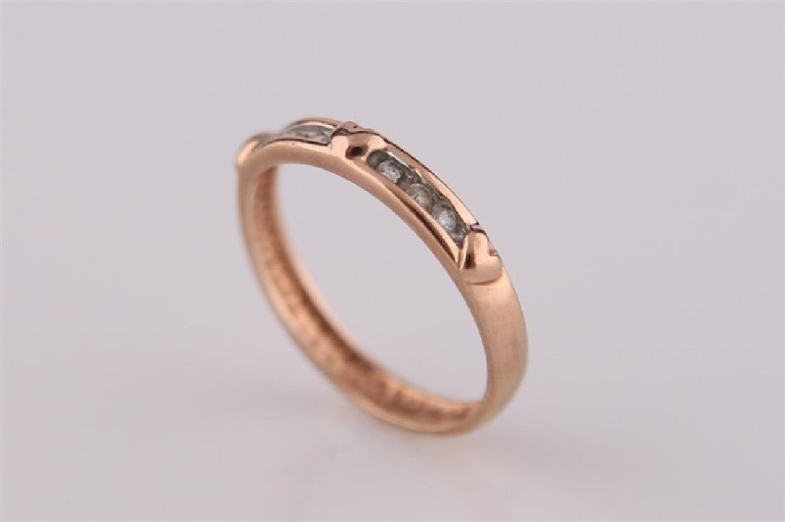 10kt Rose Gold Heart Ring with Diamonds - 4