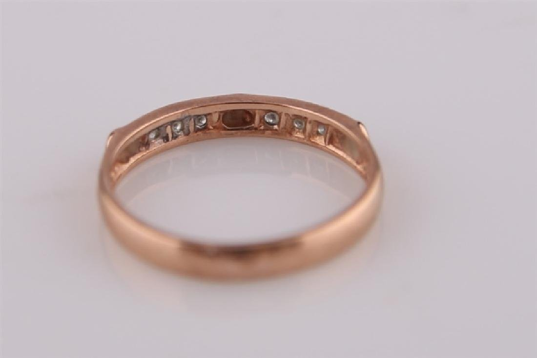 10kt Rose Gold Heart Ring with Diamonds - 5