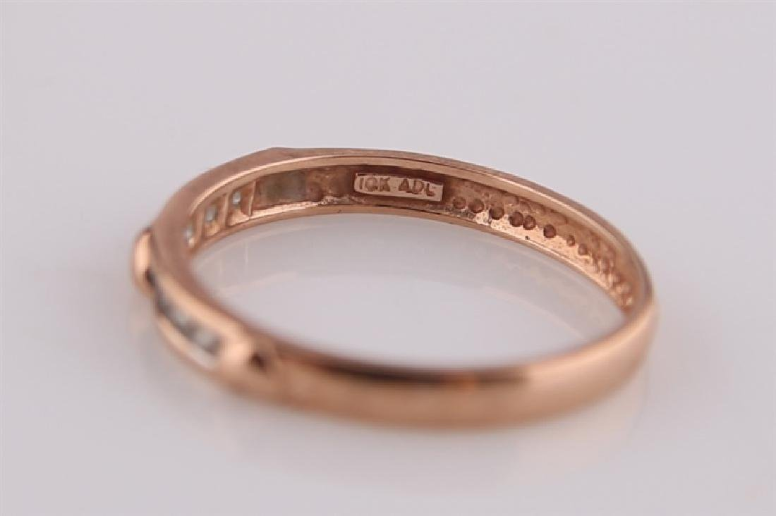 10kt Rose Gold Heart Ring with Diamonds - 6