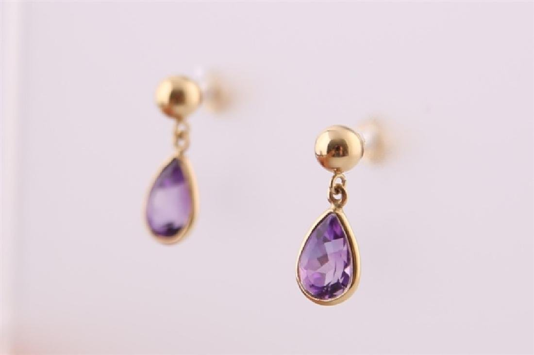 Pair of 14kt Yellow Gold and Amethyst Earrings - 4