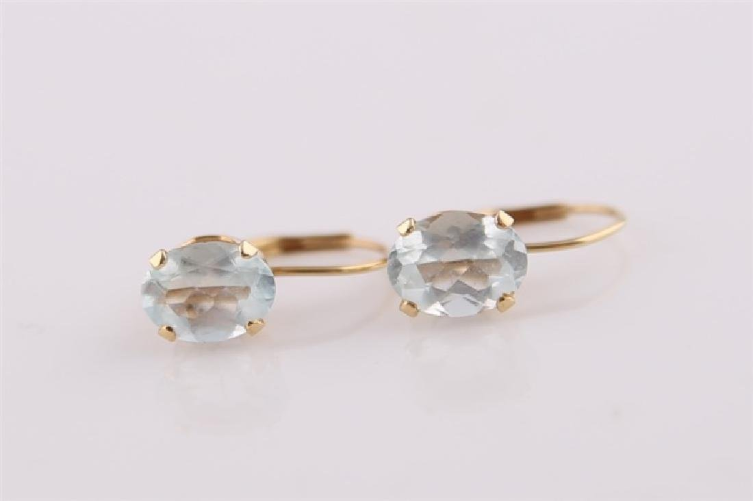 Pair of 14kt Yellow Gold Earrings with Aquamarine